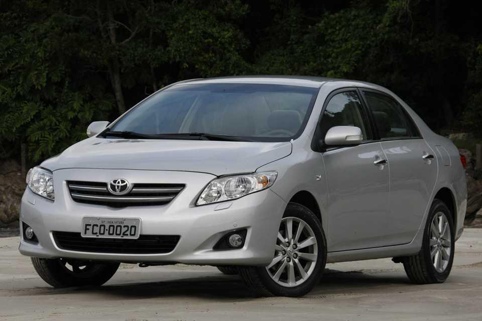 Superior Toyota Corolla 2011 Com Motor 2.0 De 153 Cv