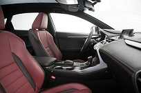 Interior impecável da versão F-Sport