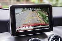 A câmera de ré vem de série no GLA 250