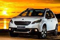 Fabricado em Porto Real (RJ), o Peugeot 2008 é o representante da marca francesa no agitado segmento de SUVs compactos