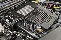 Motor 2.0 boxer com injeção direta e turbo: 240 cv de potência
