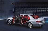 Mercedes-Benz E 250 Turbo Avantgarde VR4, vem blindado de fábrica