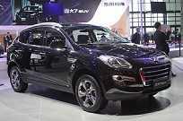 O chinês LuxGen 7SUV pode facilmente ser confundido com um Peugeot 3008, não?