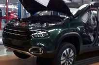 Nova picape da Fiat na fábrica de Goiana