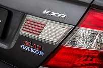 Toda a linha Civic 2016, desde a versão de entrada LXS, possui tecnologia bicombustível