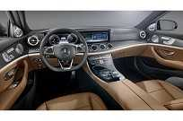 Interior do Mercedes-Benz Classe E 2017