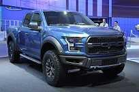 O novo Ecoboost V6 de 3.5 litros da brutal Ford F-150 Raptor oferece mais que os 411 cv do V8 que a equipava. Aí sim!