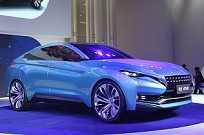 Outro destaque do evento é o conceito VOW, da Venucia, marca do grupo Nissan para o mercado chinês em parceria com a Dongfeng