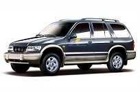 A primeira geração do Sportage usava como base um projeto da Mazda