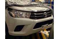 Nova Toyota Hilux sem camuflagem na Tailândia