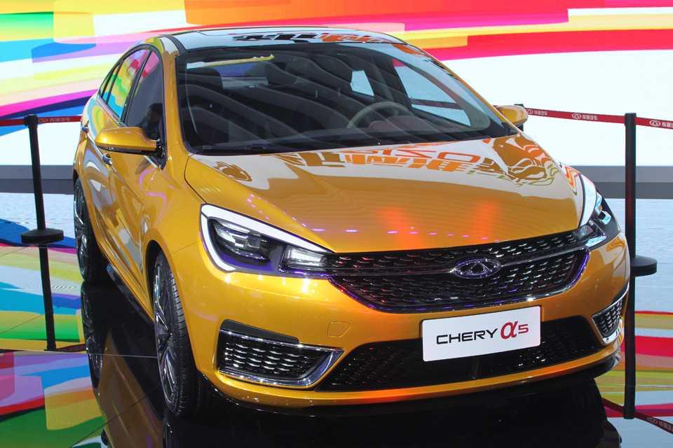 Destaque da Chery na China, Arizzo 5 pode ser vendido no Brasil