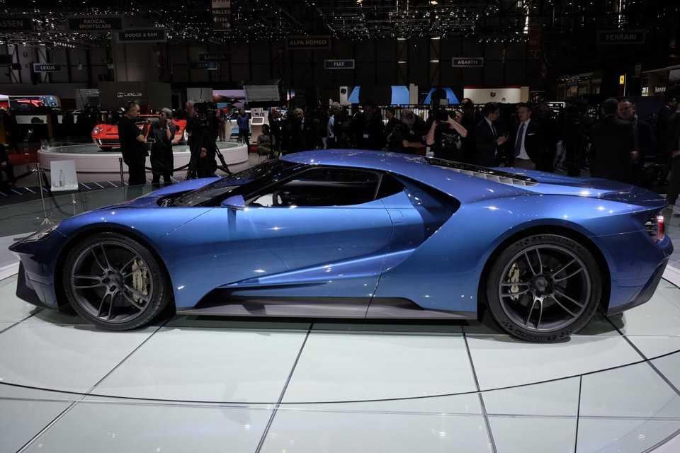 O Ford GT começa a ser vendido no ano que vem, Europa e EUA serão os primeiros a receber o modelo