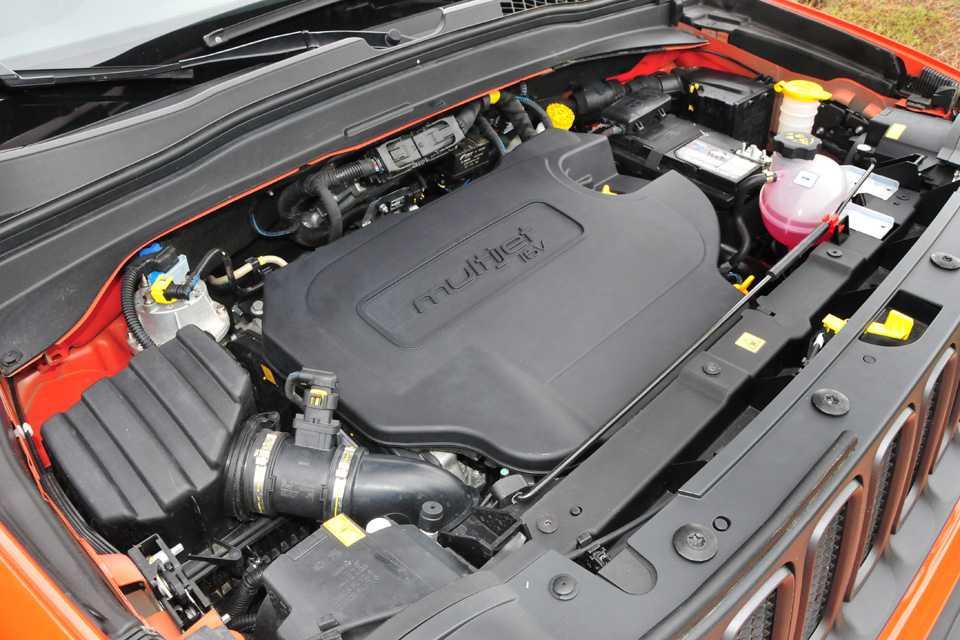 O motor 2.0 Multijet II produz 170 cv e mais de 35 kgfm de torque