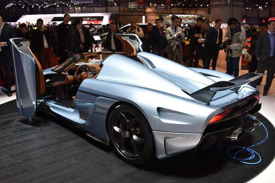 O Koenigsegg Regera combina um motor V8 a três elétricos