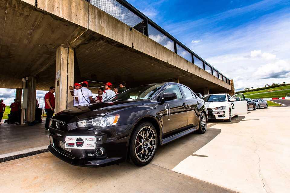 O autódromo Velo Città fica em Mogi Guaçu e tem toda a estrutura para receber os pilotos