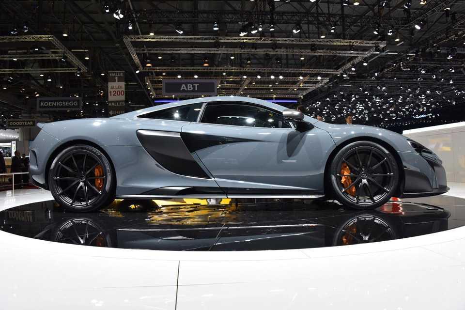 Ele é o McLaren mais leve e rápido da linha