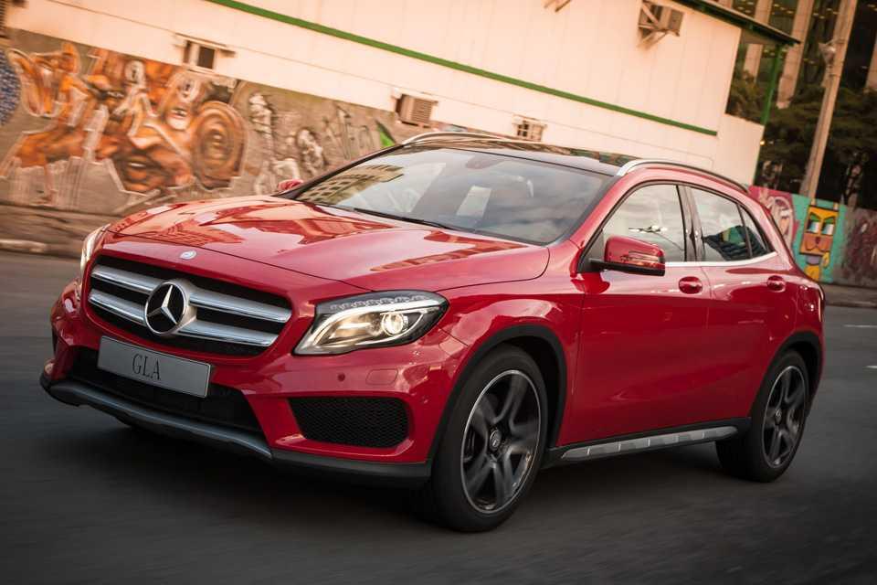 O GLA 250 nas versões Vision e Sport chega as lojas na segunda quinzena de Abril