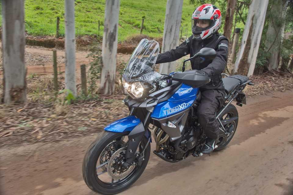 A nova Tiger 800 XRx chega às lojas ainda este mês por R$ 42.190
