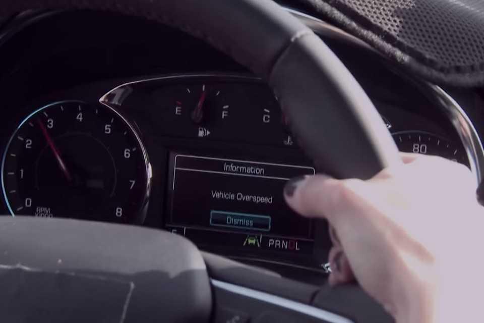 Painel de instrumentos do Chevrolet Malibu 2016