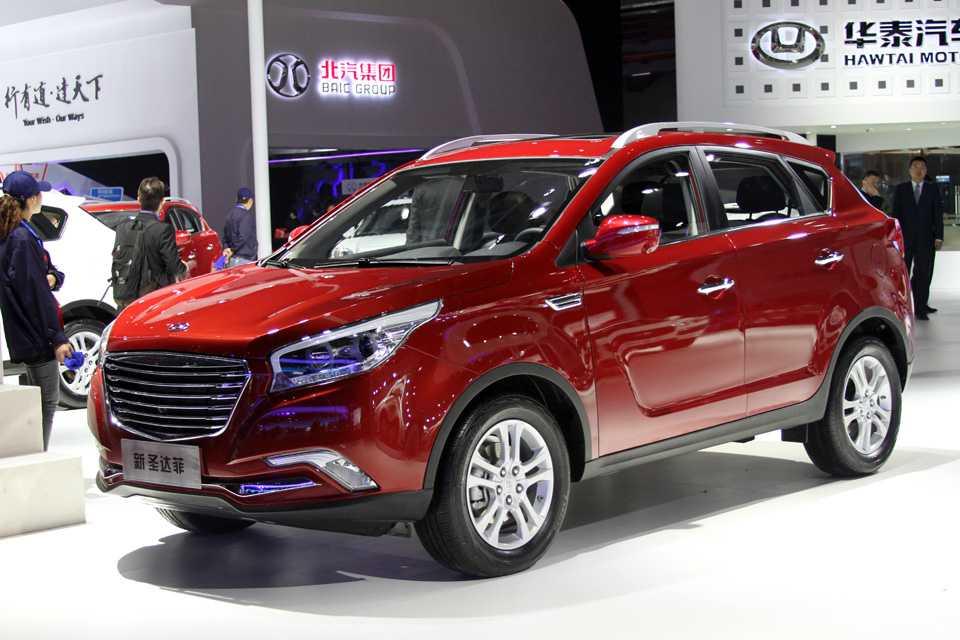 É tanta cópia que até os chinese copiam os próprios chineses. Este Hawtai é a cara de um tal SUV da JAC Motors...