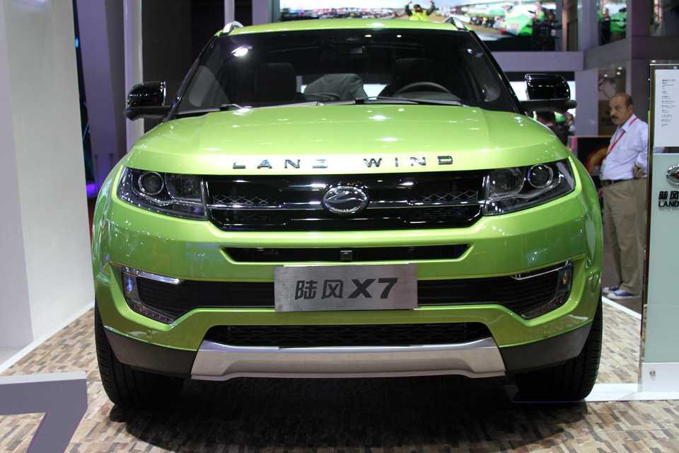 O Landwind X7 dispensa comentários... é a imitação mais fiel do Range Rover Evoque