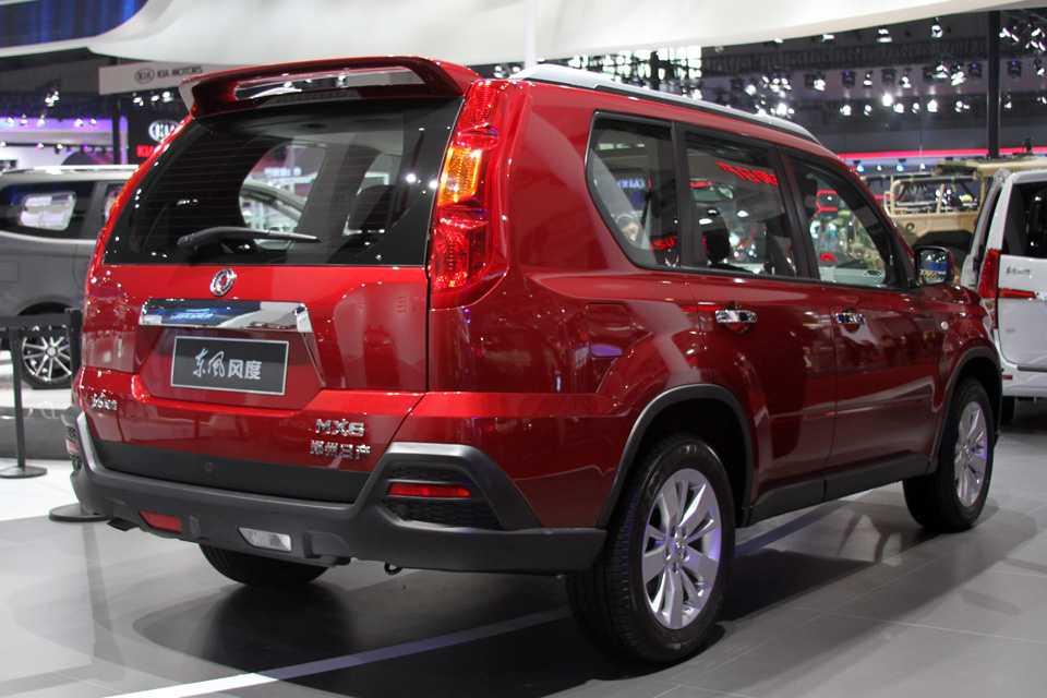 Este Dongfeng MX6 está mais para Nissan X-Trail de 2008. Lá na China é lançamento...