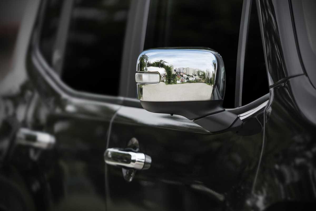 Jeep Renegade com acessórios Mopar