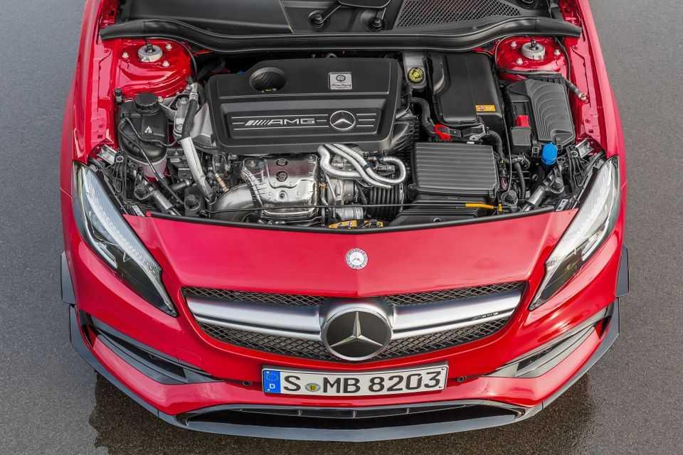 Mercedes-AMG A 45 4MATIC 2016