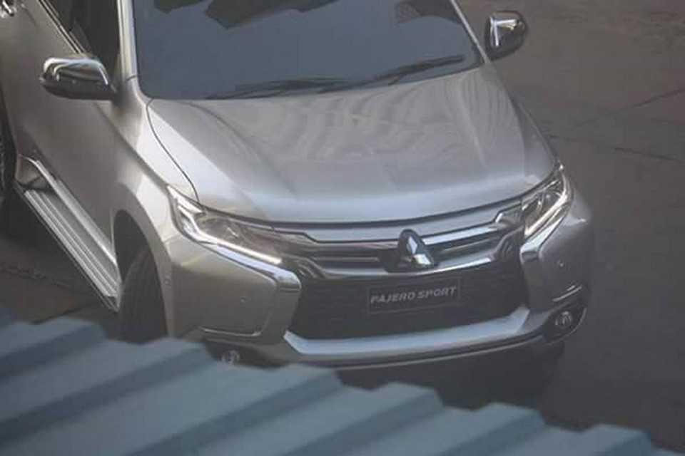 Mitsubishi Pajero Sport 2016 durante gravação de comercial