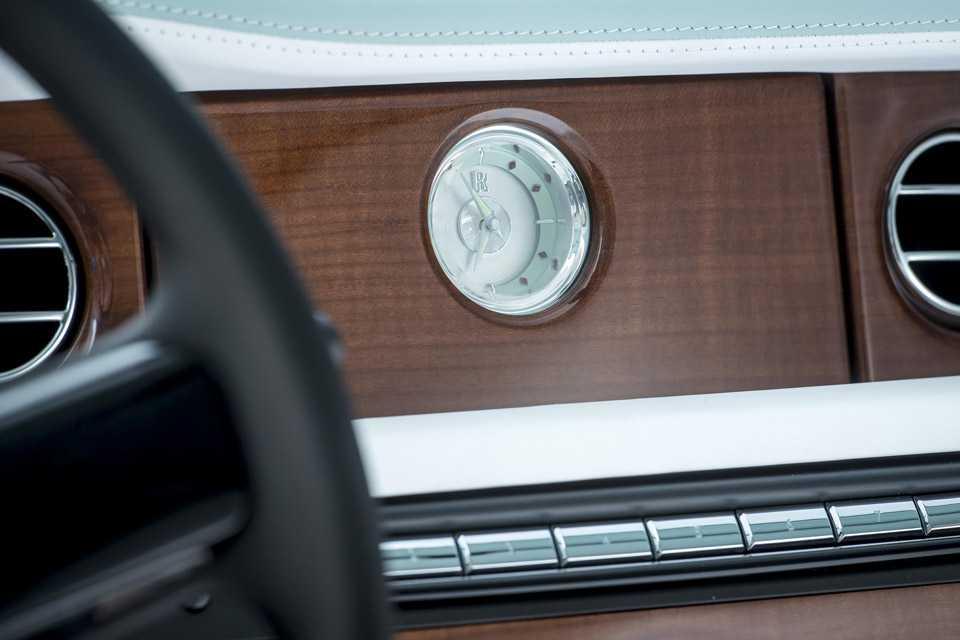 Detalhe do Rolls-Royce Serenity