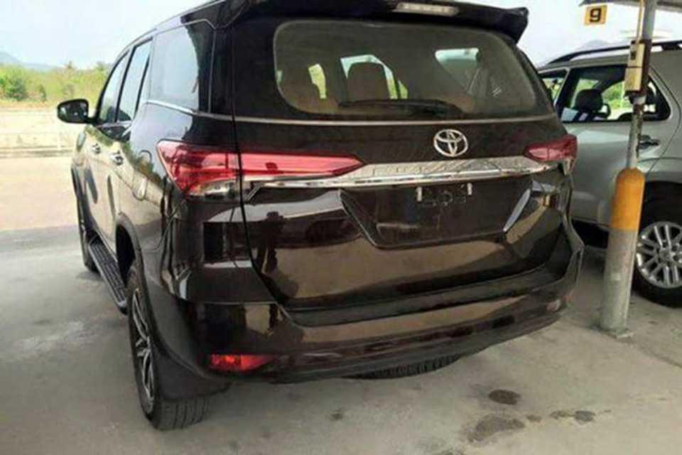 Nova Toyota SW4 2016