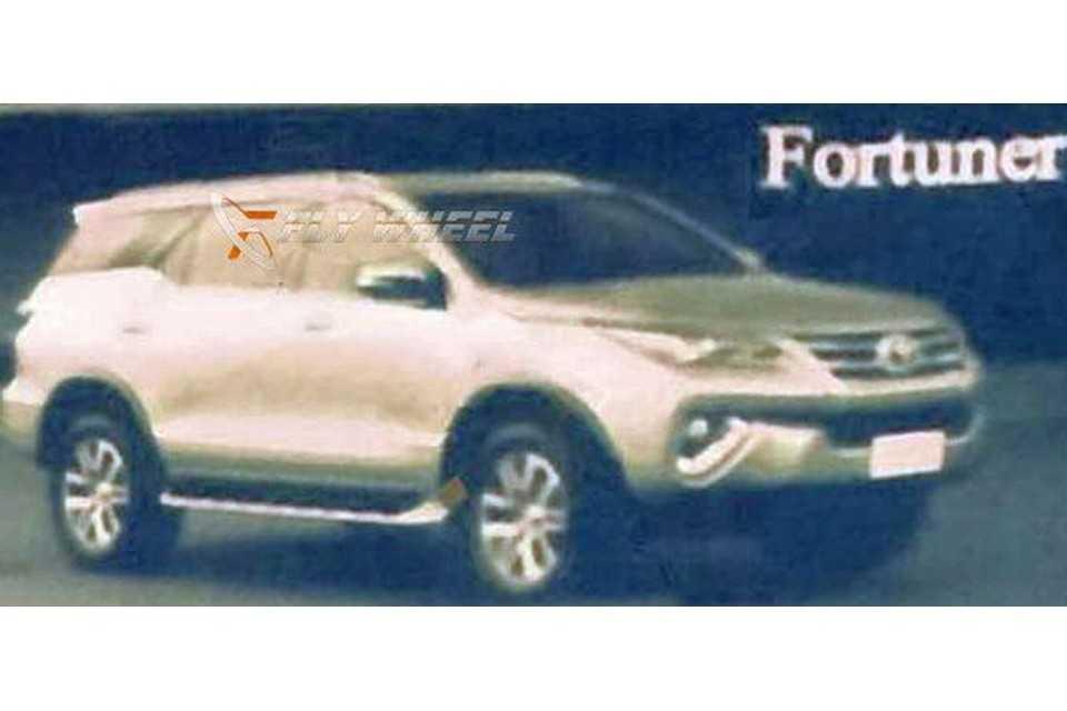Primeiras imagens da Toyota SW4 2016