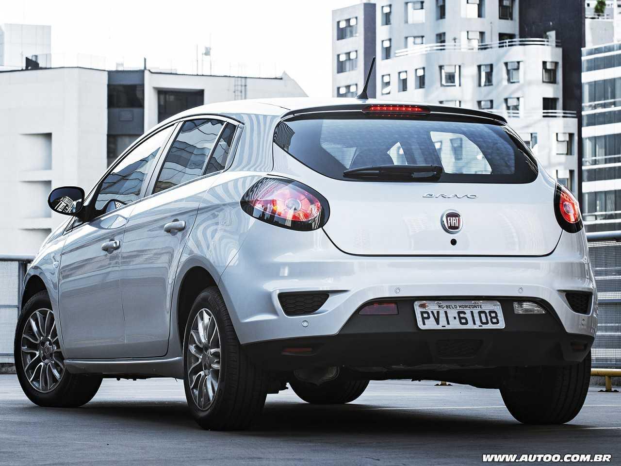 FiatBravo 2016 - ângulo traseiro