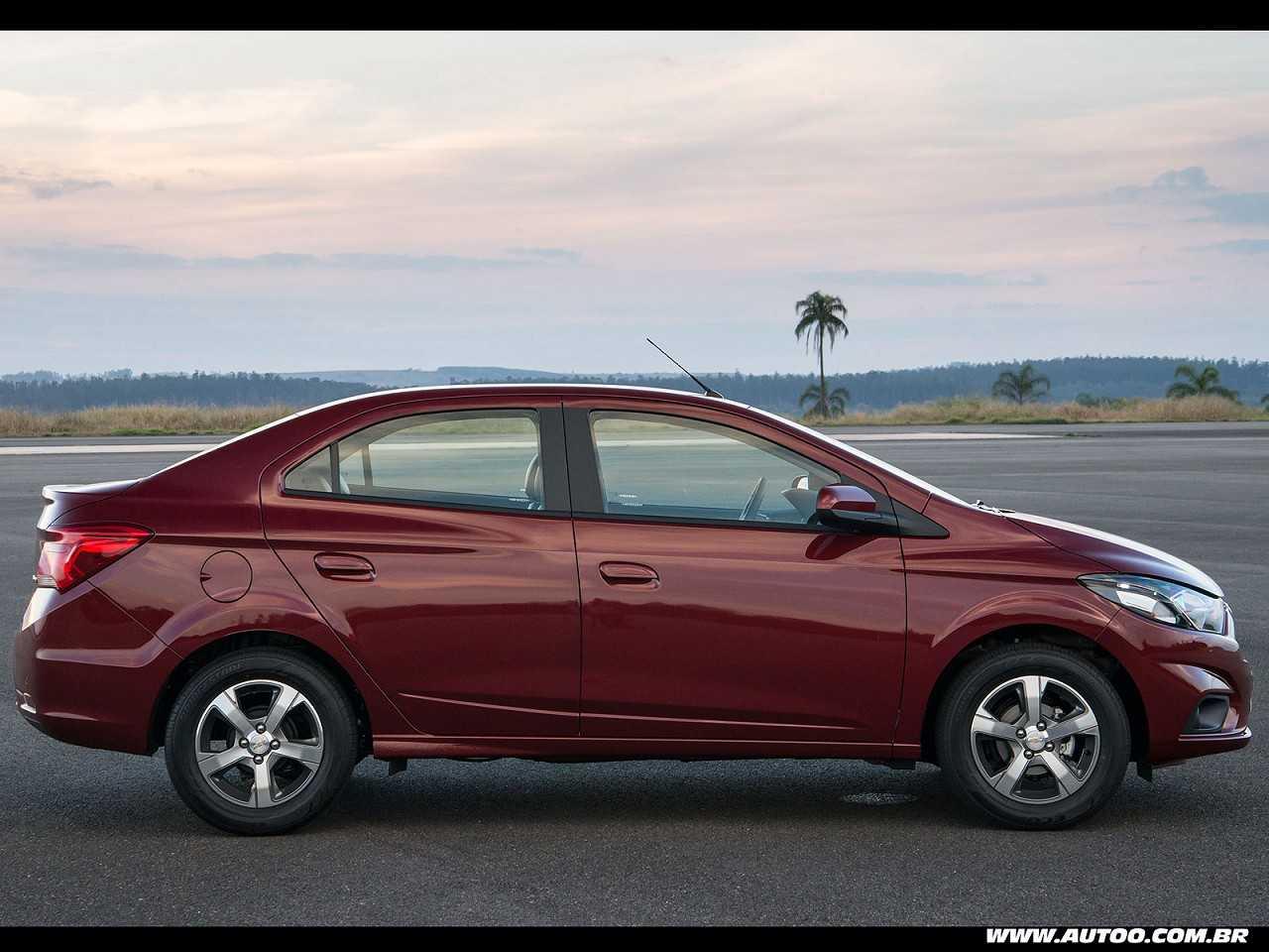 ChevroletPrisma 2017 - lateral