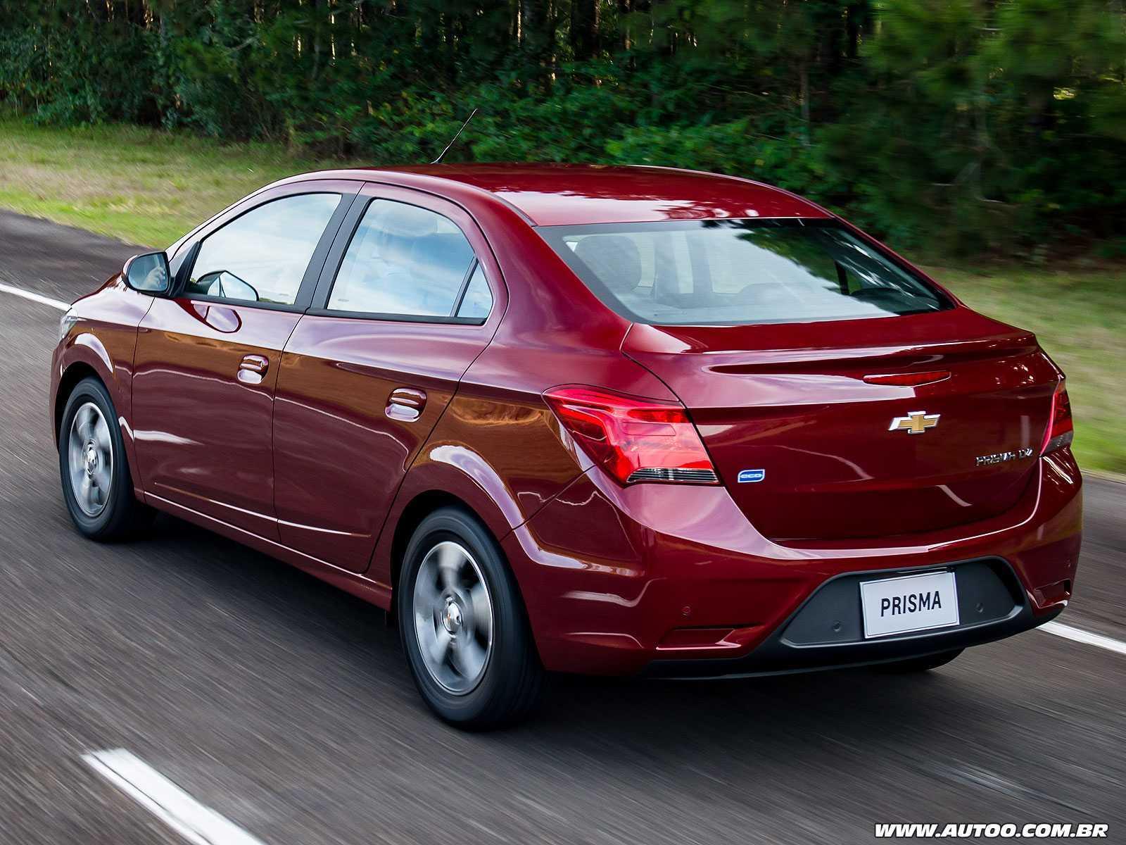 ChevroletPrisma 2017 - ângulo traseiro