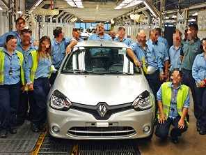Foto mostra último Renault Clio produzido na Argentina