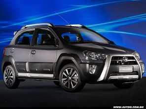 Entre aventureiros: Hyundai HB20X, Toyota Etios Cross ou Renault Sandero Stepway?