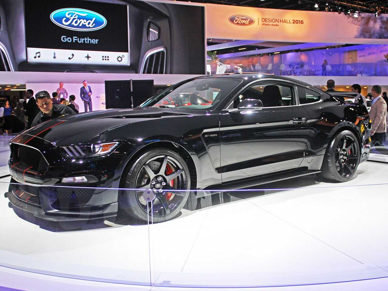 FordMustang 2017 - ângulo frontal