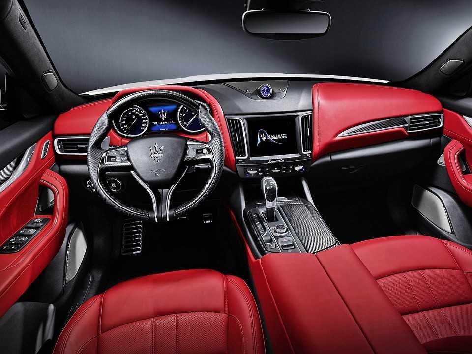 MaseratiLevante 2016 - painel