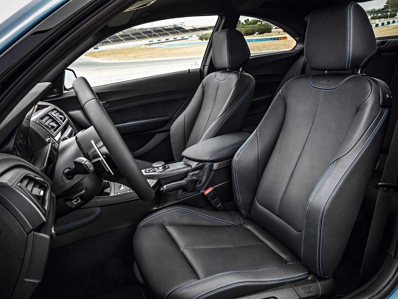 BMWM2 2016 - bancos dianteiros