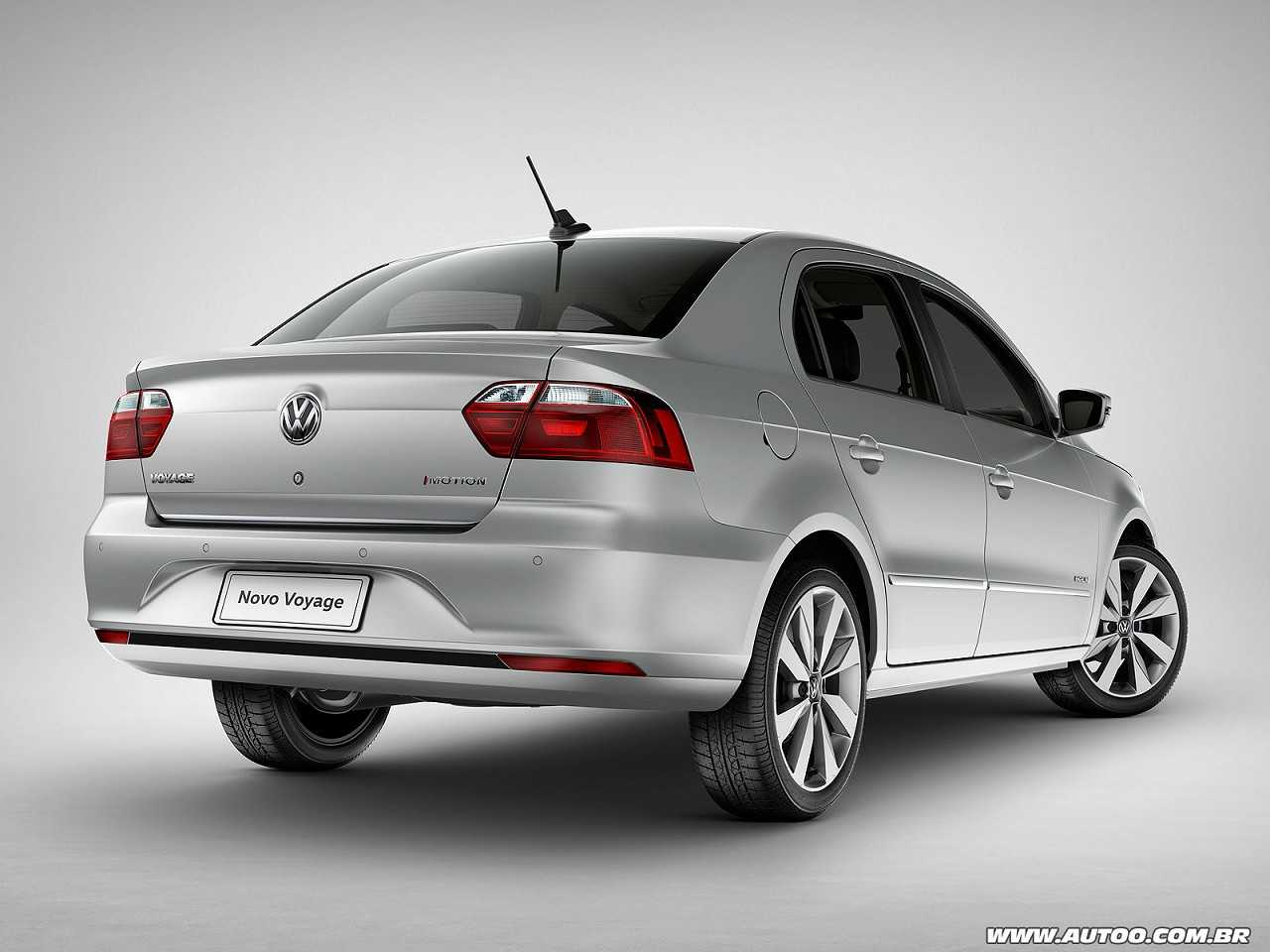 VolkswagenVoyage 2017 - ângulo traseiro