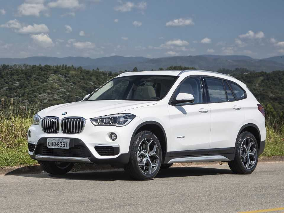 futuro nacional novo bmw x1 come a a ser vendido autoo. Black Bedroom Furniture Sets. Home Design Ideas