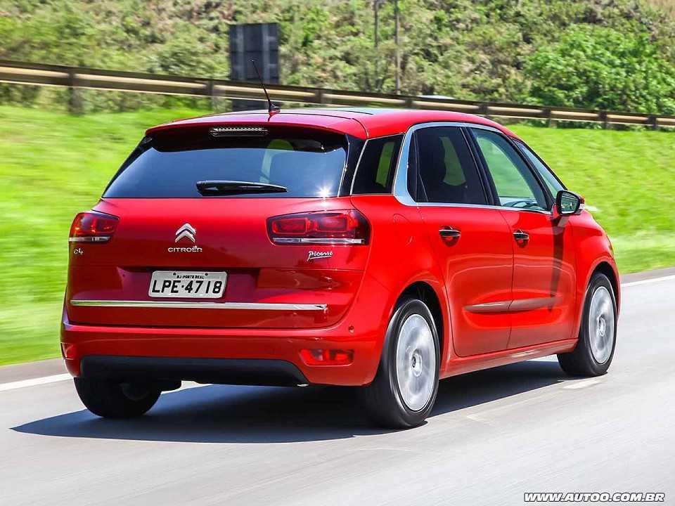 CitroënC4 Picasso 2016 - ângulo traseiro