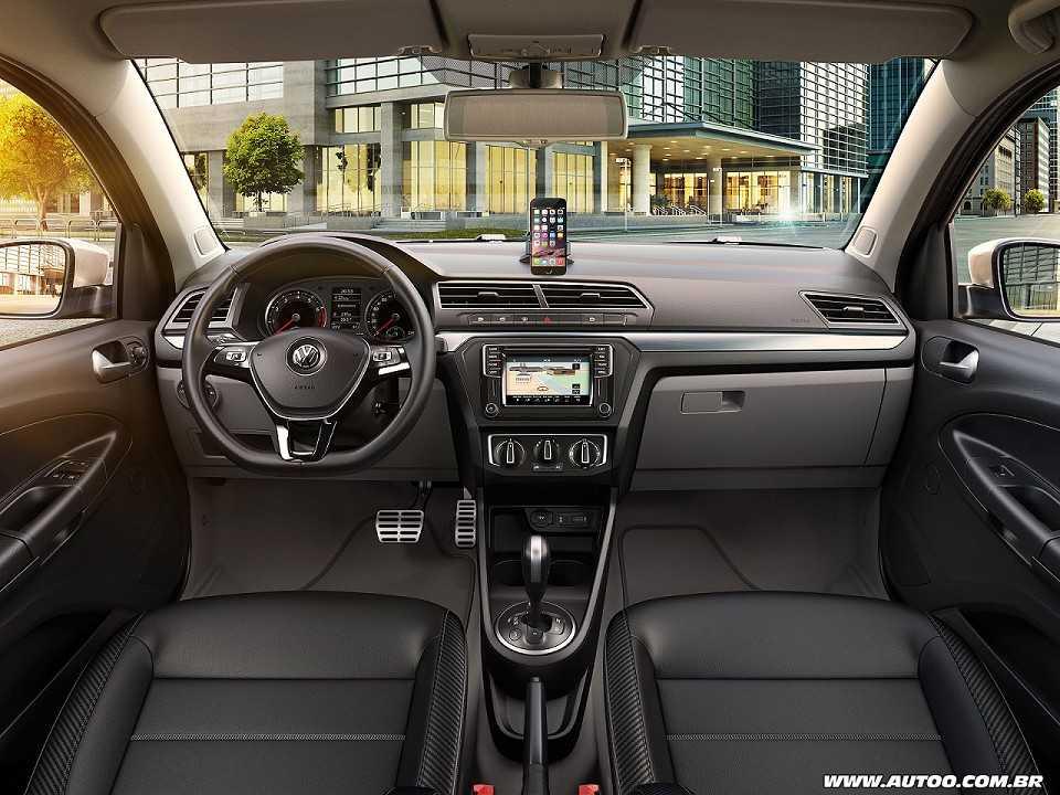 VolkswagenVoyage 2017 - painel
