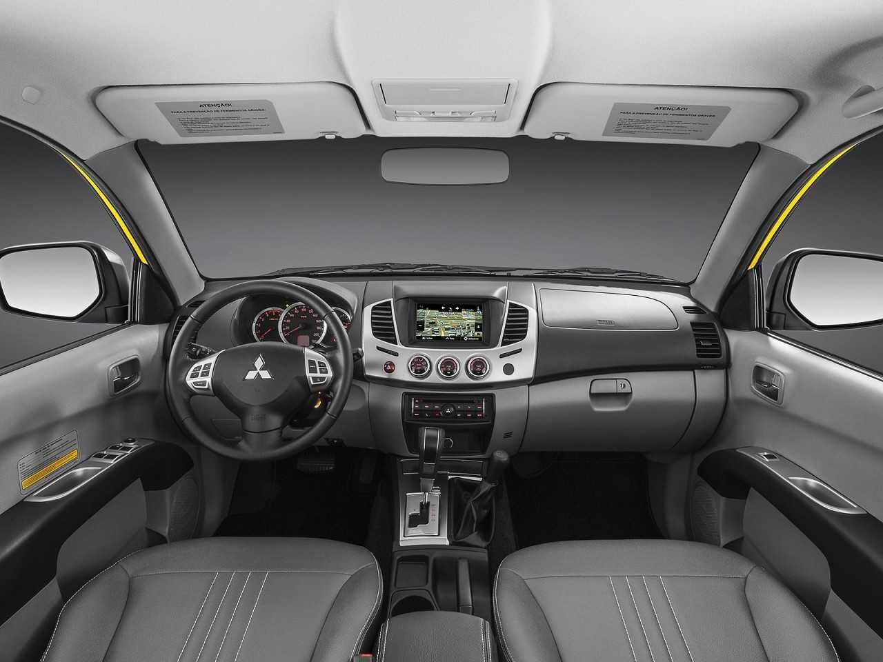 MitsubishiL200 Triton 2017 - painel