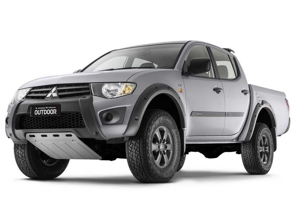 MitsubishiL200 Triton 2017 - ângulo frontal