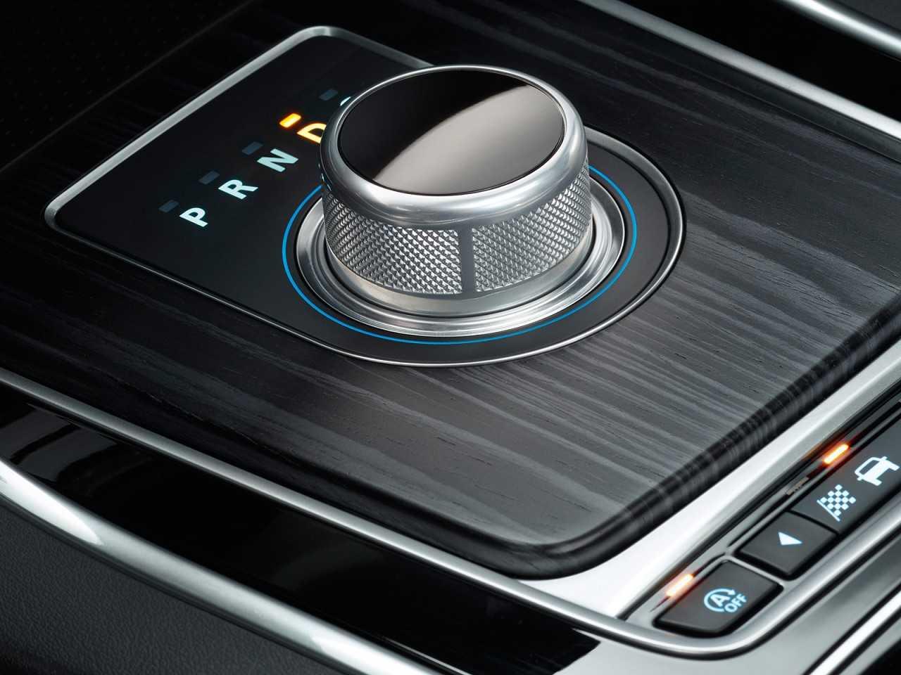 JaguarXF 2016 - câmbio