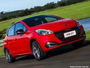 Peugeot 208 supera Clio como carro mais vendido da França