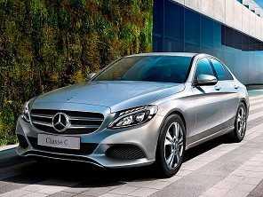 Mercedes Classe C passa a ser flex