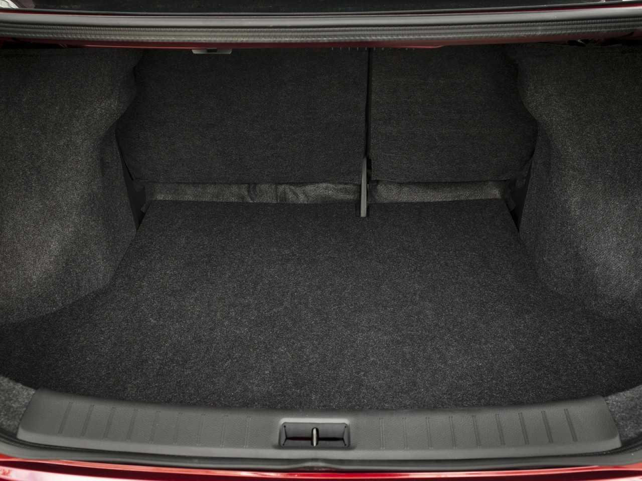 NissanSentra 2017 - porta-malas